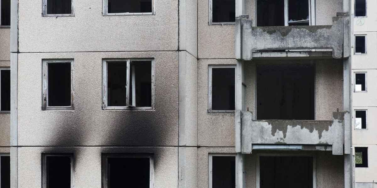 מבנה אחרי שריפה
