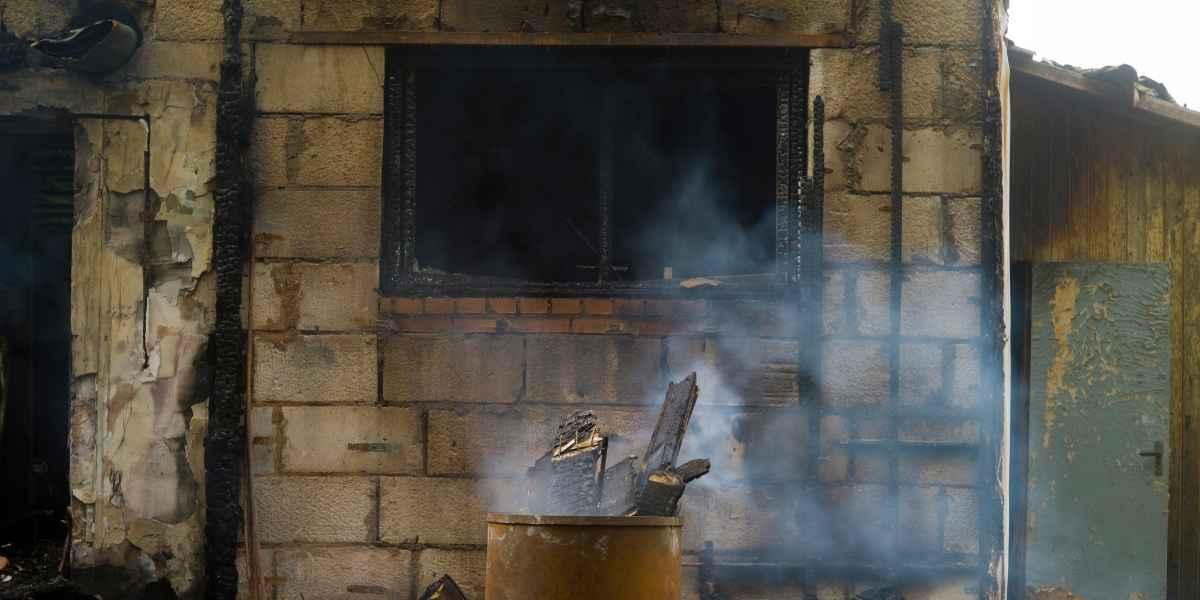 בית אחרי שריפה